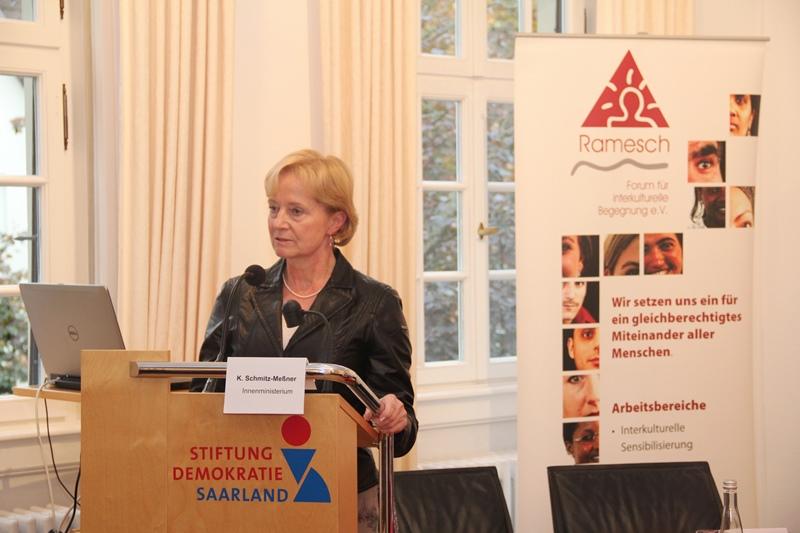 Karin Schmitz-Meßner, Leiterin der Staatshoheitsangelegenheitenabteilung des saarländischen Innenministeriums